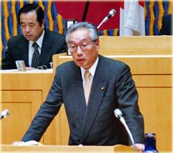 橋本勝六が市議会で質問
